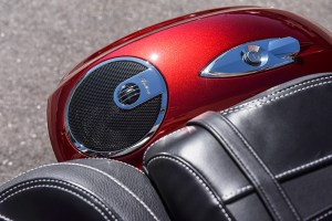 2017 Indian Chieftain Elite saddlebag speakers