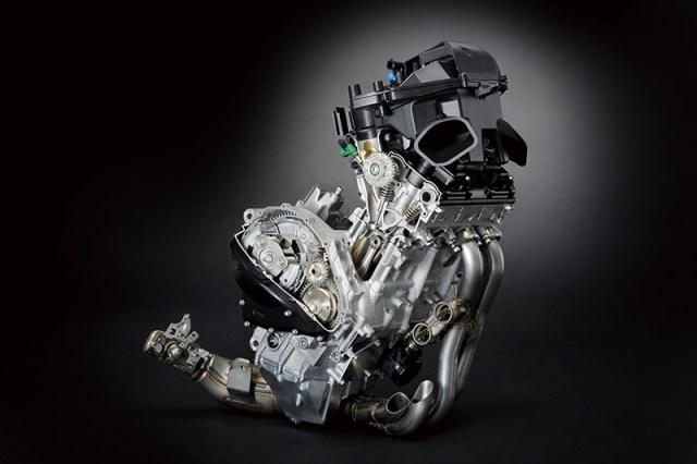 2017 Suzuki GSX-R1000 engine cutaway