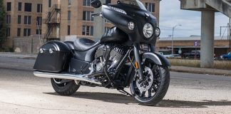 2018 Indian Chieftain Dark Horse.