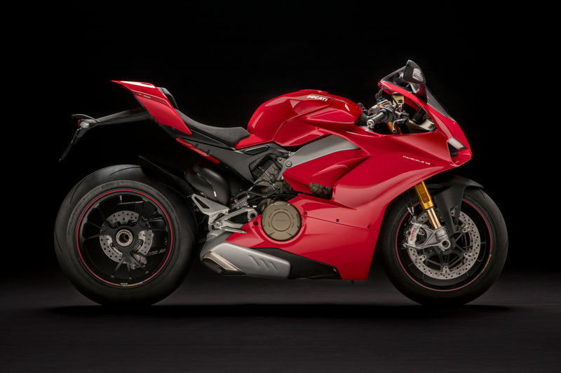 Ducati S Panigale Review