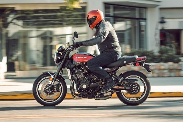 2018 Kawasaki Z900RS action