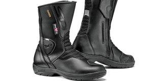 Sidi Gavia Gore-Tex boots (ladies' version shown).
