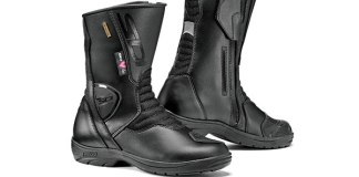 Sidi Gavia Gore-Tex boots (ladies' version shown).
