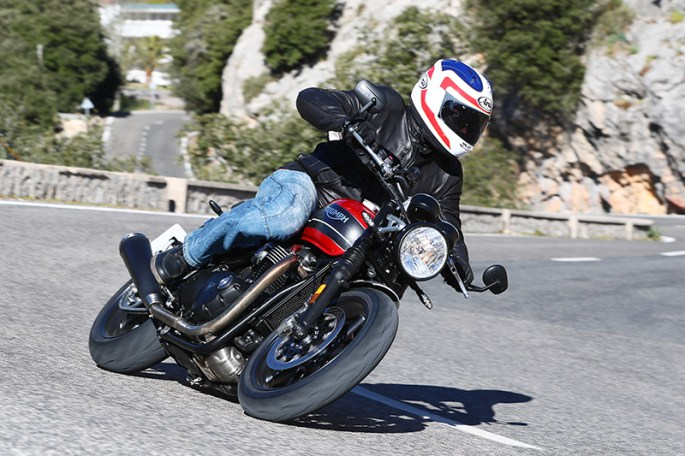 2019 Triumph Speed Twin action