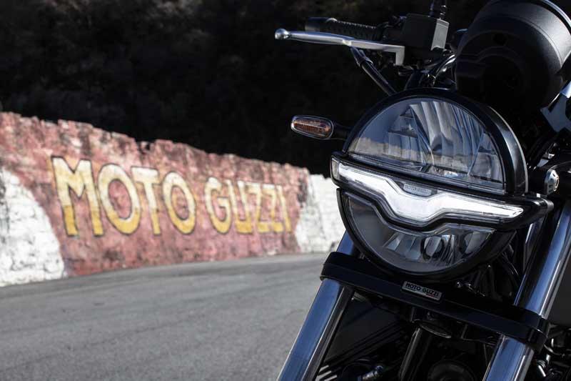 2021 Moto Guzzi V9 Bobber Centenario