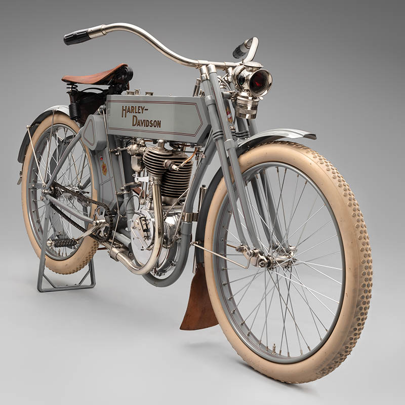 SFO Museum Early American Motorcycles 1910 Harley-Davidson Model 6
