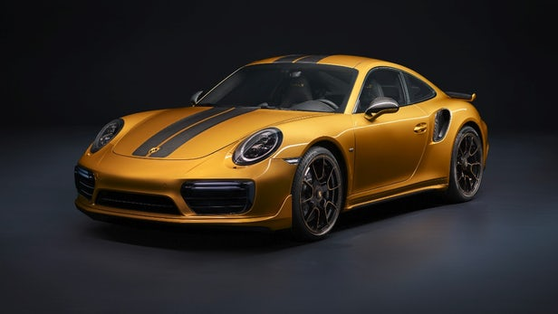 Porsche 911 Turbo S Exclusive in Golden Yellow Metallic Foto Porsche