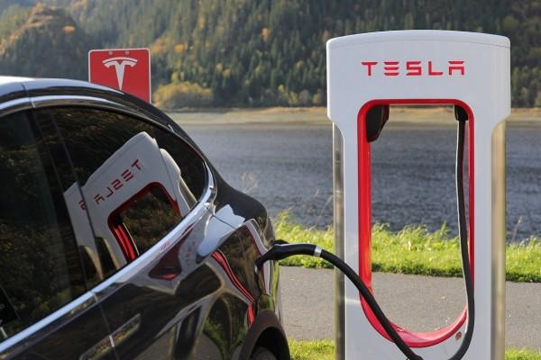 Rencana besar Tesla di Indonesia