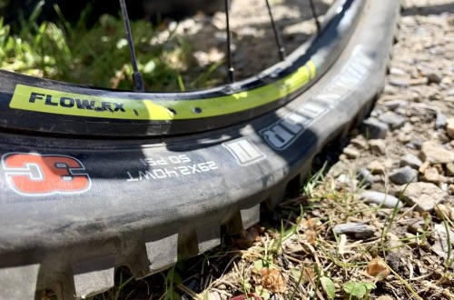 low mountain bike tire pressure has become popular.