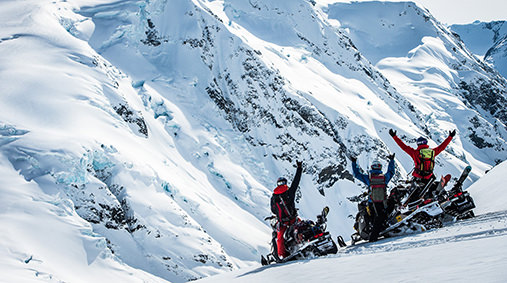 snowmobiling_in_whistler