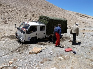 even our support vehicle have difficulty