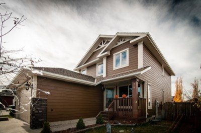 James Hardie Siding - Anchor Brown Hardie (previously called Chestnut Brown) - Airdrie