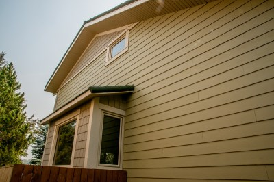James Hardie Siding - Casa Green (previously called Heathered Moss) - Deerbrook