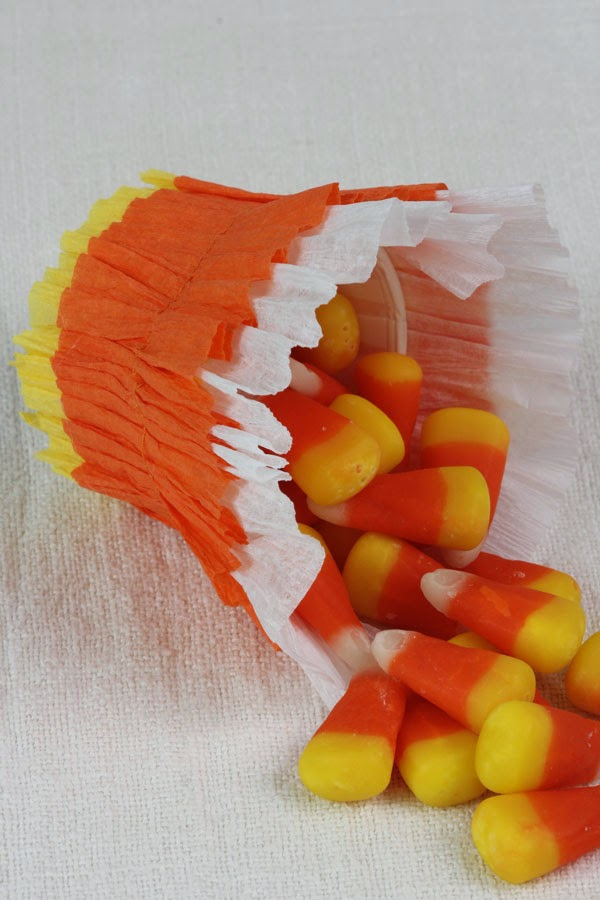 DIY Candy Corn Baskets (6) | Ridgely's Radar