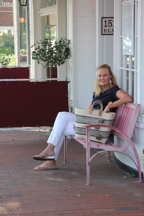 Ridgely Brode, of the blog Ridgely's Radar, enjoying a Shopping day in New Canaan, CT