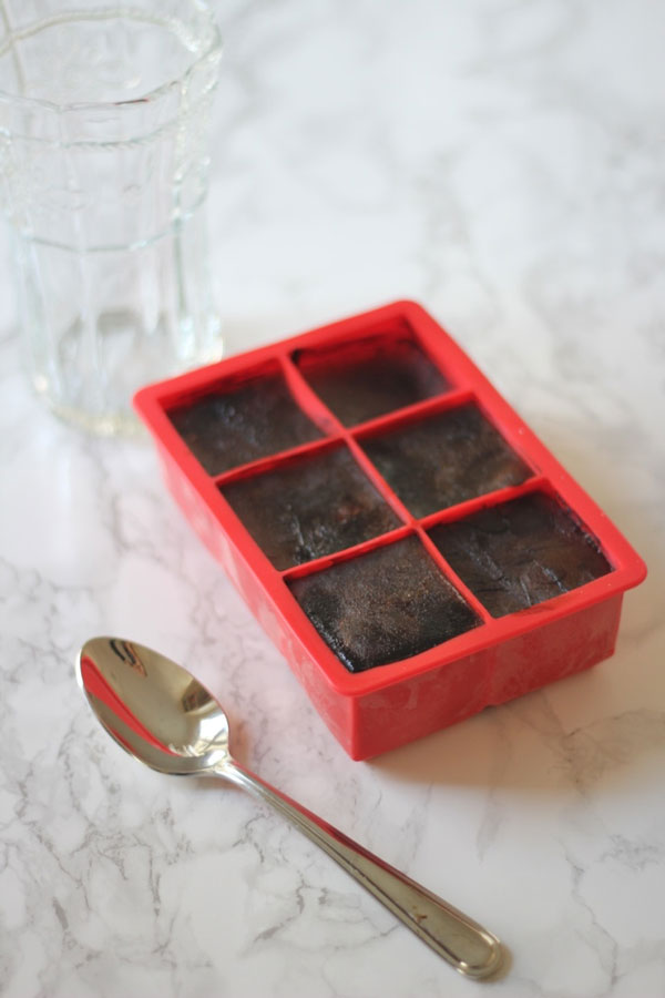 Ridgely Brode discovers extra large ice trays to pour her leftover coffee into to make delicious ice coffee on her blog Ridgely's Radar.