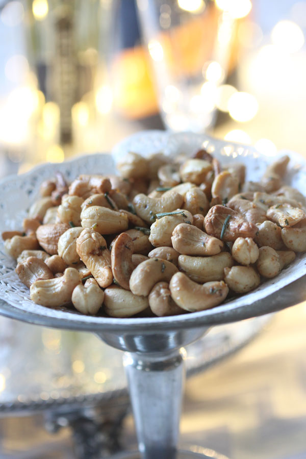 Ridgely Brode puts out dishes of these delicious Rosemary Roasted Cashews for her guests and shares the recipe on Ridgely's Radar