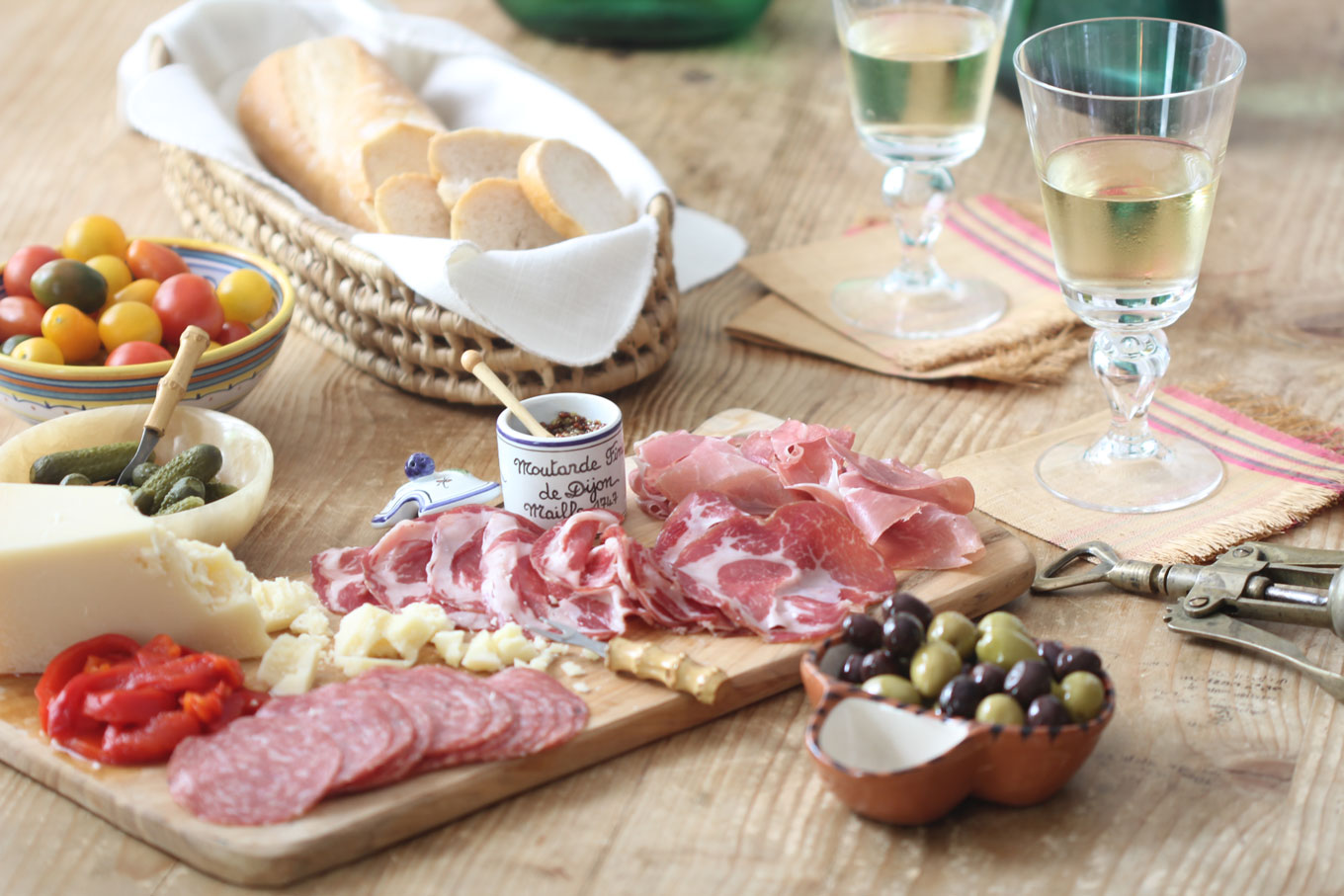 Ridgely Brode prepares a quick, easy and delicious Charcuterie Board with everything she found at the local grocery store on her blog, Ridgely's Radar.