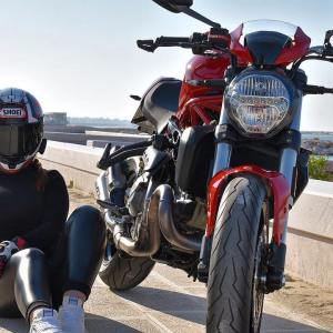 Ducati Monster 821 & Noemi on Ridin'GirlsBlog