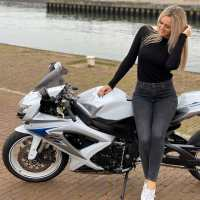 Photoshoot of the Week: November 4th -10th 2019 - Suzuki GSX-R600 & Priscilla