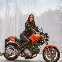 Photoshoot of the Week: August 3rd-9th 2020 - Ducati M900 Monster & Marie Jana