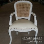 kursi antique french jepara,living set shabby chic,interior shabby chic,kursi tamu shofa shabby chic,furniture jepara shabby chic,produsen furniture shabby chic jepara