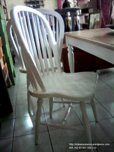 kursi windsor,kursi skandinavia,danish chair,scandinavian chair,windsor chair,furniture duco jepara,furniture bubut mahoni,jepara goods,ridwan sunaryo,mebel murah jepara