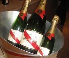 9月27日〜シャンパンとピアノサロンコンサートのお誘い〜