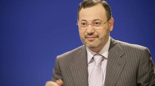 الإعلامي أحمد منصور : لهذه الأسباب تخلص السيسي من النائب العام!
