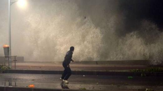 تحذيـر هام للمغاربة.. أمواج شبيهة بتسونامي تضرب هذه المناطق في هذا التاريخ!