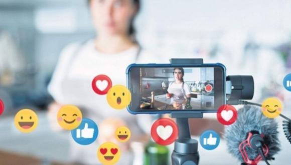 قانون جديد يصدم المؤثرات ومشاهير الأنستغرام