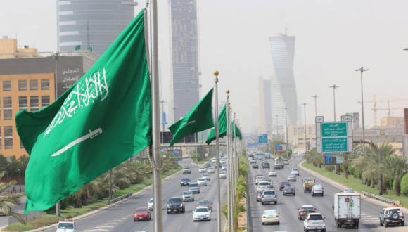 ابتداء من الأحد.. السعودية تلغي التباعد الاجتماعي