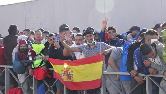 إسبانيا توافق على معالجة طلبات لجوء مهاجرين مغاربة بسبتة