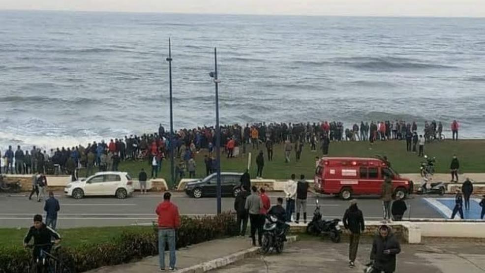 """ماذا يحدث في الفنيدق ؟ البحرية والأمن يتدخلان لوقف زحف """"حريك الجماعي"""" جديد"""