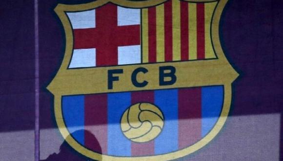 برشلونة يضع عينه على نجم مغربي