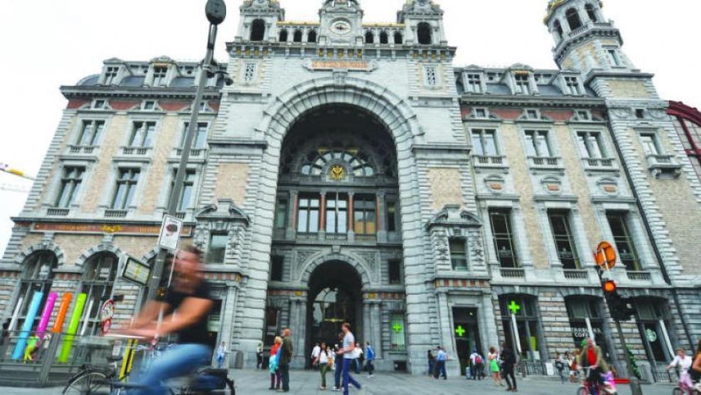 القضاء البلجيكي يغرم مهاجرا مغربيا ب70 مليون سنتيم لهذا السبب
