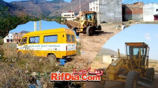جمعية المستقبل الجميل تبادر إلى إصلاح طريق الجديد ببويزازارن + صور وفيديو