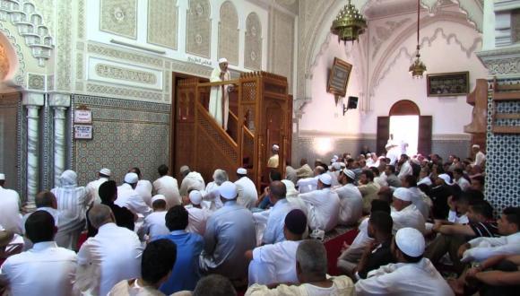 وزير الأوقاف و الشؤون الإسلامية يدعو خطباء الجمعة إلى التحذير من نشر كورونا
