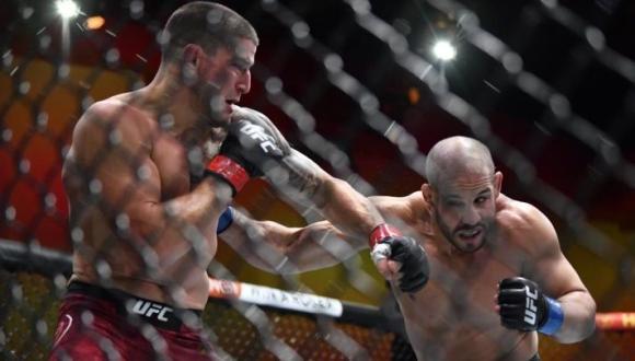 """فيديو.. هكذا انهزم أبو زعيتر بالضربة القاضية في ثاني نزال له في منظمة """"UFC"""""""