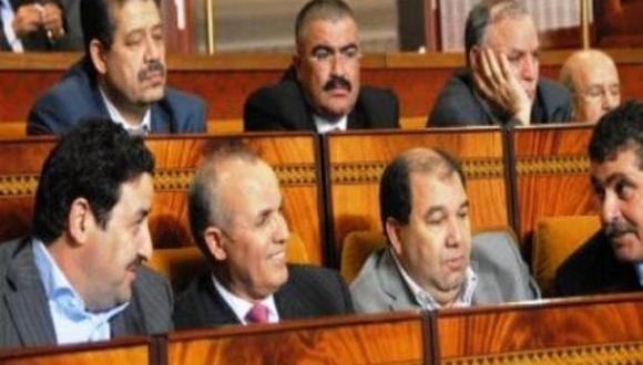 استقلاليون يطالبون شباط بلجم لسانه بعد تصريحاته الأخيرة تجاه بنكيران