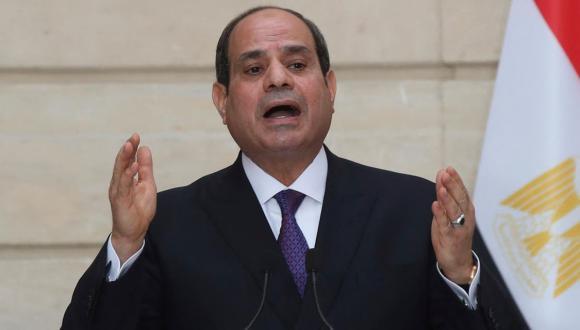 السيسي يصدر قرارا استثنائيا للسماح لوزير مصري للزواج بمغربية