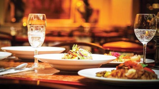 انخفاض مهول في مداخيل المطاعم والطلبيات تخفف من حجم الأضرار
