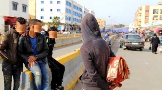 """تقرير:هيئة وطنية تنتقد المقاربة """"الأمنية"""" المغربية/الإسبانية اتجاه القاصرين الحالمين بالهجرة إلى الجارة الإيبيرية وهذه التفاصيل"""