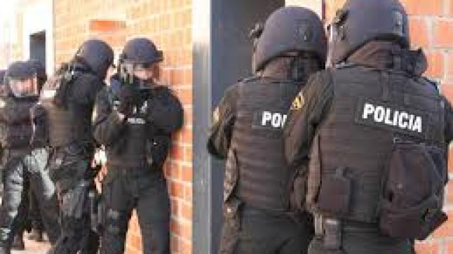 شرطة برشلونة تلقي القبض على ثلاث دواعش جزائريين
