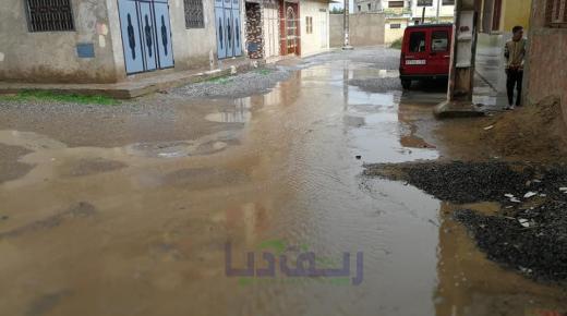 بعد التساقطات المطرية:ساكنة ايبوعجاجن عازمون على رفع عريضة جماعية مطالبين برفع الحيف(+صور)
