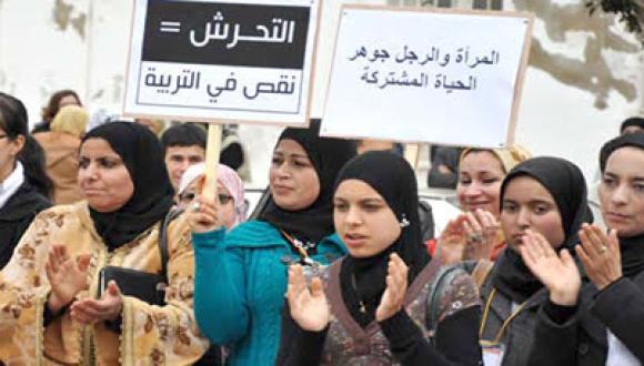 قانون التحرش والعنف ضد النساء يدخل حيز التنفيذ… الغرامة والسجن لكل من اعتدى على امرأة