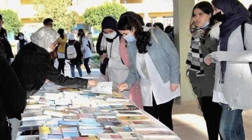 (بالصور): قافلة المشروع التربوي لرابطة الكتاب الشباب بالريف تحل بثانوية الفيض بالناظور