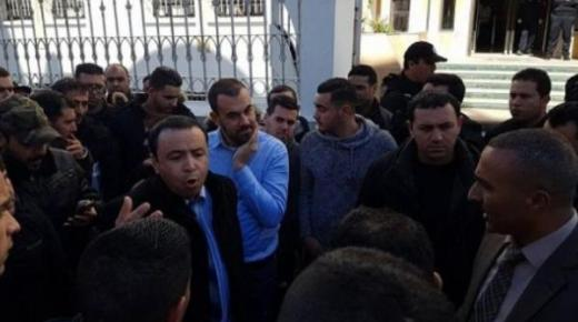 """محامي """"الزفزافي"""" يلتحق به خلف القضبان وهذا هو الحكم الصادر ضده"""