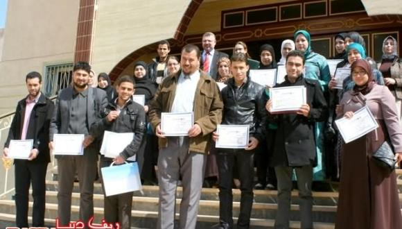 مؤسسة المنير للتربية والتعليم الخصوصي بأزغنغان تسدل الستار على دورة تدريبية ناجحة