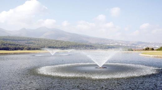"""بحيرة """"مارتشيكا""""… قبلة رئيسية لصناعة السياحة في المغرب"""